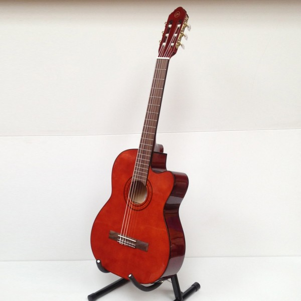 Eko CE-150EQ b-stock guitarra clásica electrificada