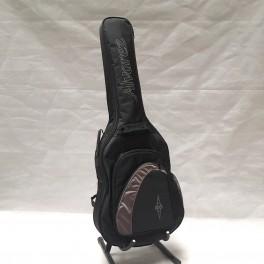 Alvarez RC26HCE Clasica acustica b-stock guitarra hibrida